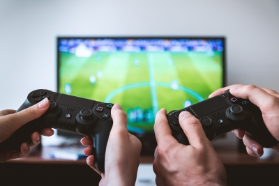 Game middag met Fortnite battle en FIFA competitie